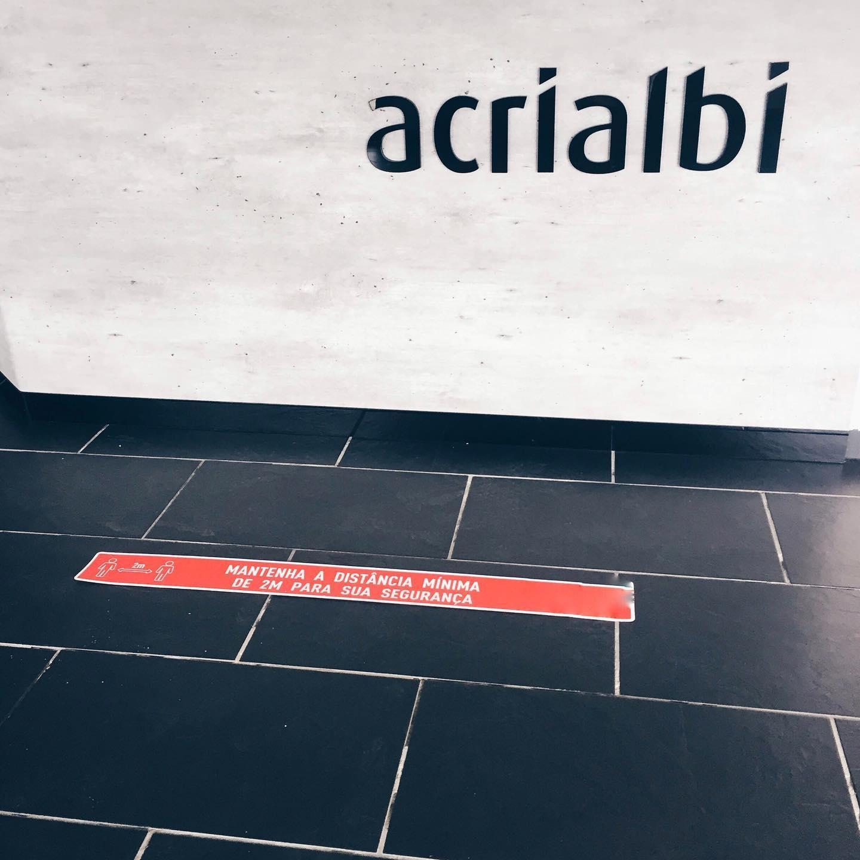 Acrialbi - Acrílicos e decorações